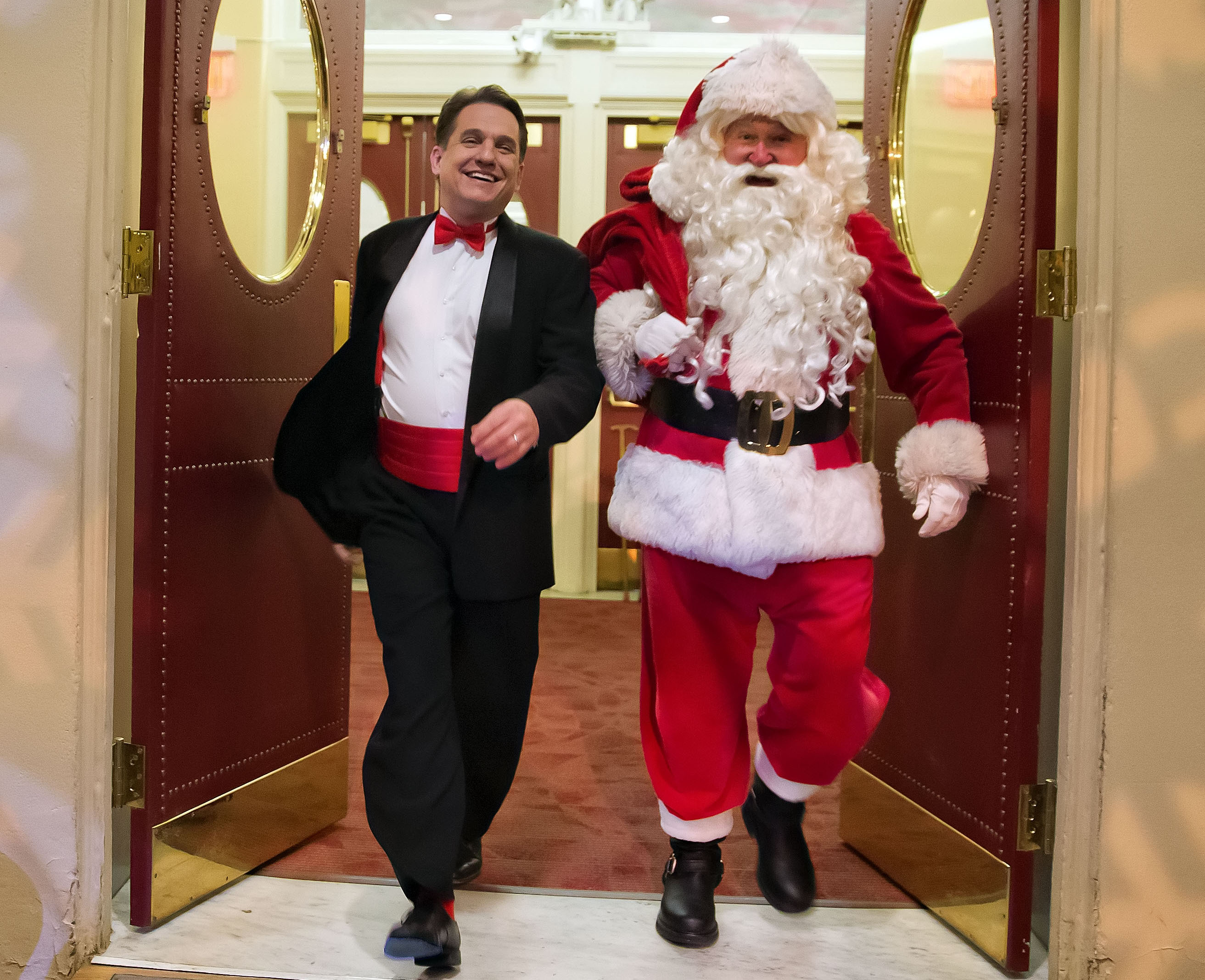 Keith Lockhart and Santa, photo by Winslow Townson